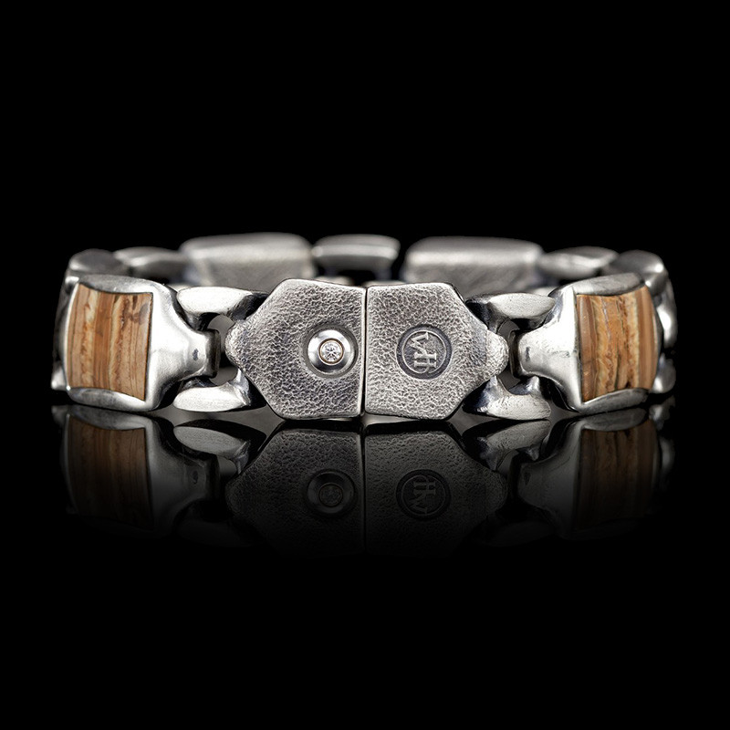 William Henry Sterling Silver Link Fossil Retro Bracelet Angle 4