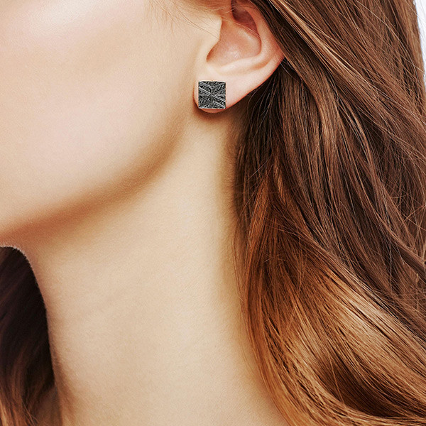 John Hardy Black Sapphire Modern Chain Stud Earrings on Model
