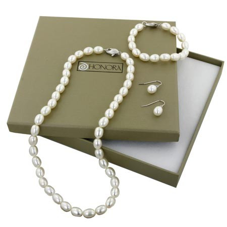 "Honora Box Set Silver Oval White Freshwater Cultured Pearl Necklace, 7.25"" Bracelet And Dangle Earring"