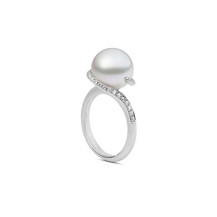 Mikimoto White South Sea Pearl Diamond Ring Twist