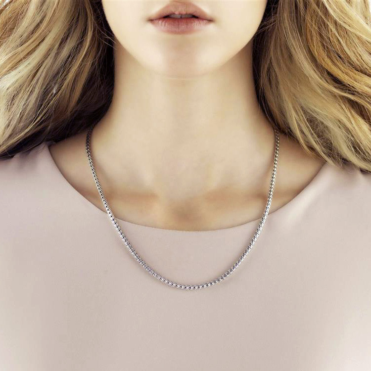 John Hardy 3.72mm Classic Chain Silver Necklace on Model