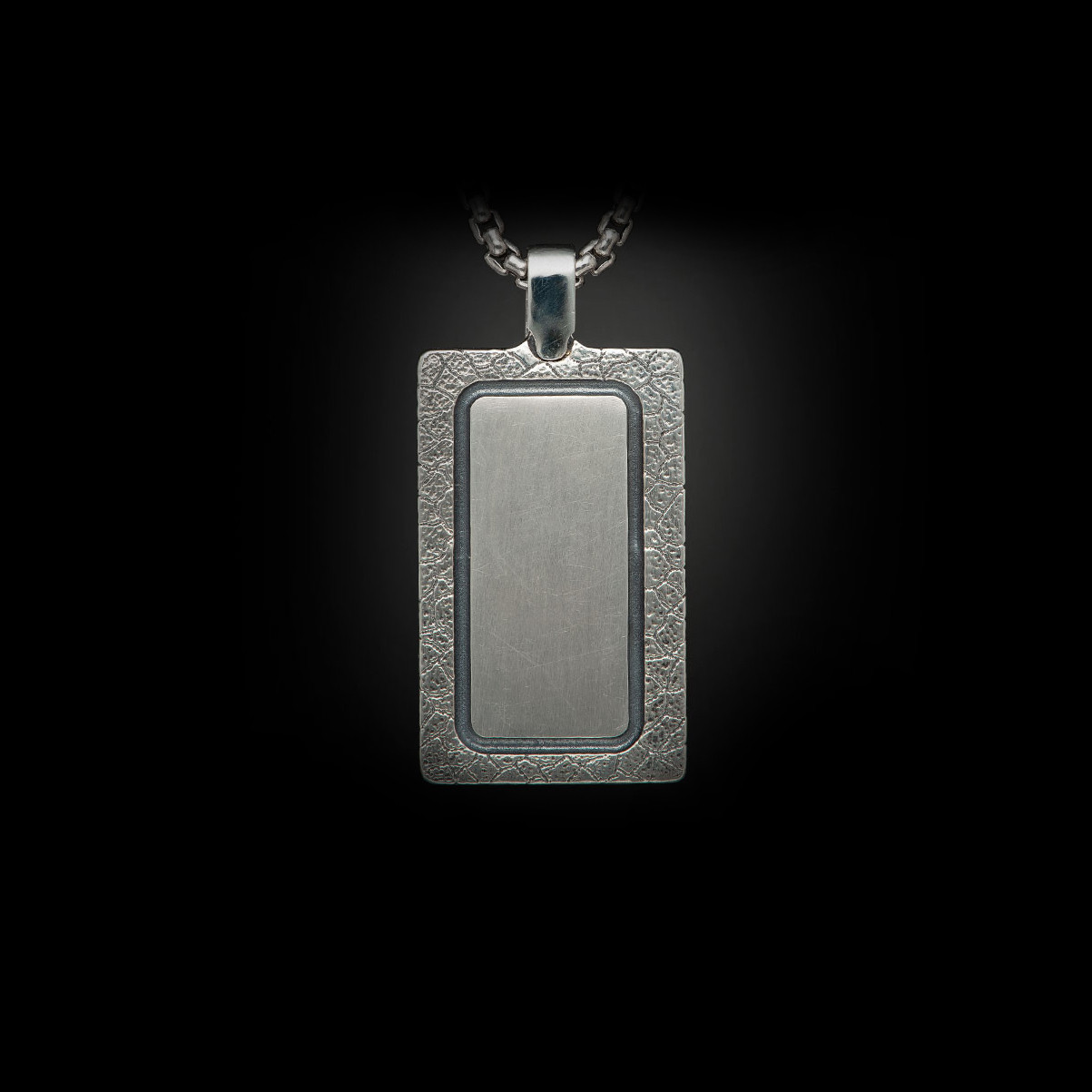 William Henry Labradorite Pinnacle Dog Tag Necklace Back